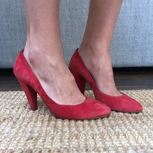 Madewell the film noir red suede leather pumps